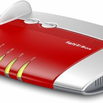 AVM FRITZ!Box 4020 Wireless Router for Connecting to Cable/DSL/Fiber Modem (WLAN N, 450 Mbps (2.4 GHz) 4 x Fast Ethernet, 1 x USB 2.0, Mediaserver) red Rosso/Argento No