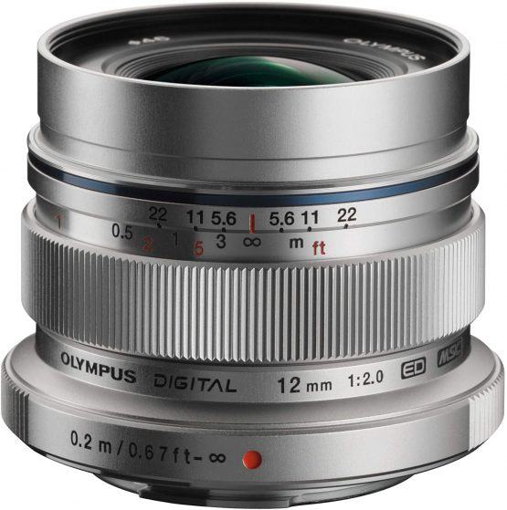 Olympus Mo Digital ED 12 mm F2.0 Lens, Fast Fixed Focal Length, Suitable for All MFT Cameras (Olympus OM-D & PEN Models, Panasonic G-Series), silver